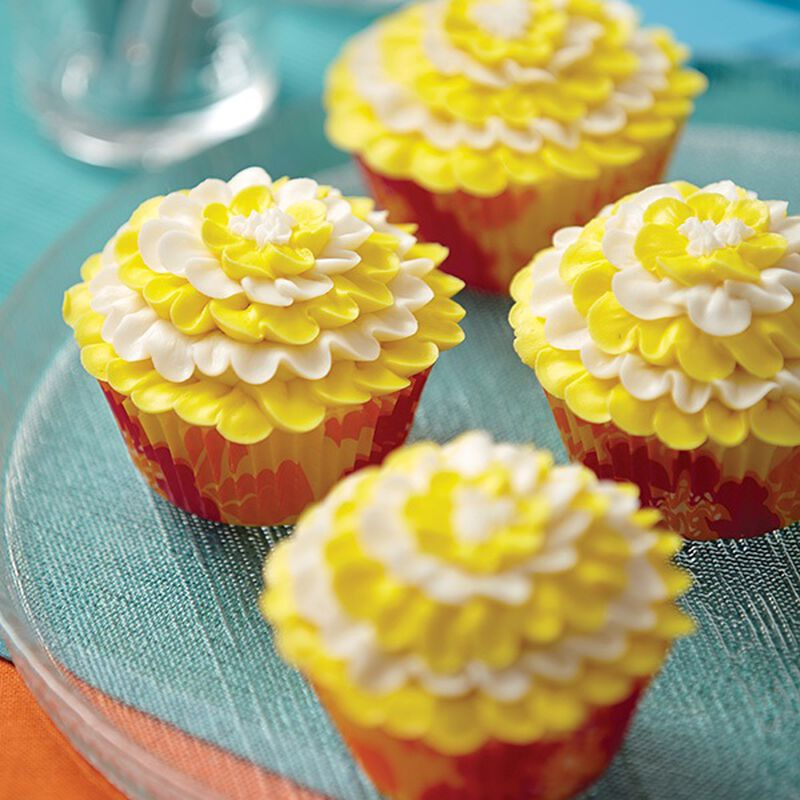 Daffodil Delight Cupcakes image number 0