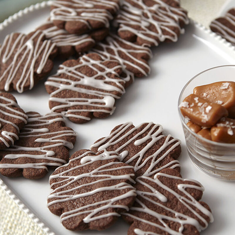 Chocolate Salted Caramel Shortbread Cookies Recipe image number 0