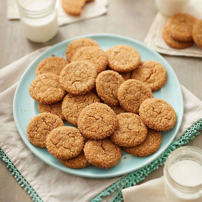 Chewy Molasses Cookies image number 0