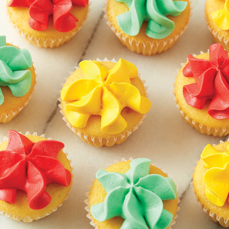 Piped Star Mini Cupcakes