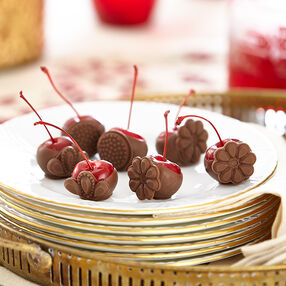 Cocoa Crested Cherries