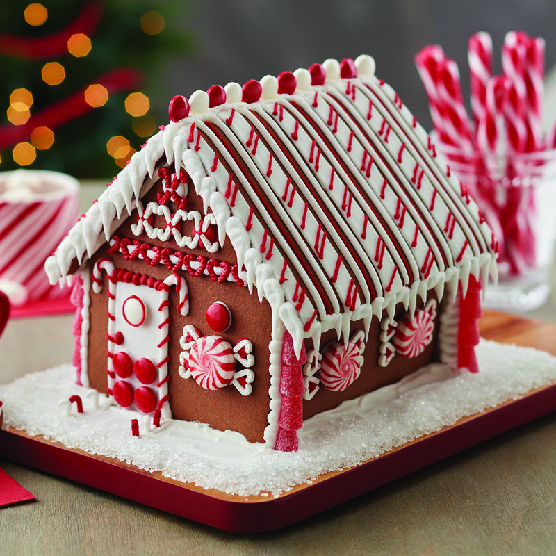 Minty Memories Gingerbread House image number 0