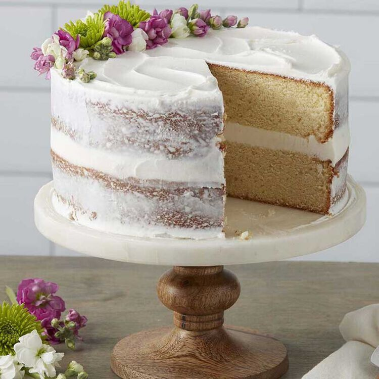 Naked Cake with Vanilla Buttercream