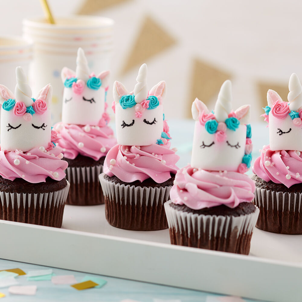 Birthday Cupcakes Designs: Magical Marshmallow Unicorn Cupcakes