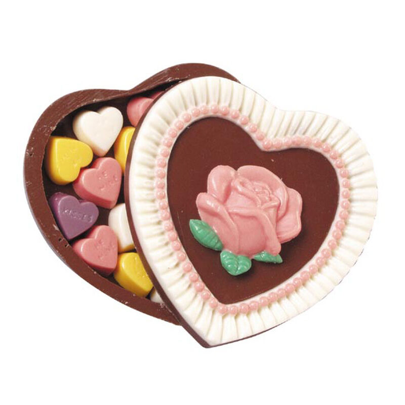 Giving Your Heart Away Candy image number 0