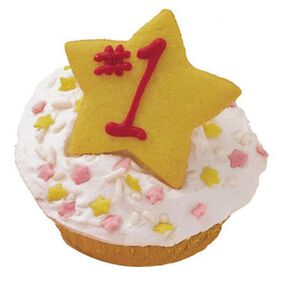 Star Treatment Cupcakes