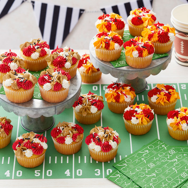 Kansas City Chiefs Cupcakes and San Francisco 49ers Cupcakes   image number 1