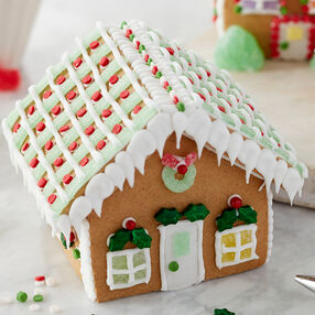 Holiday Fun Mini Gingerbread Village Large Classic Cottage