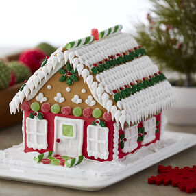Traditional with Trends Gingerbread House