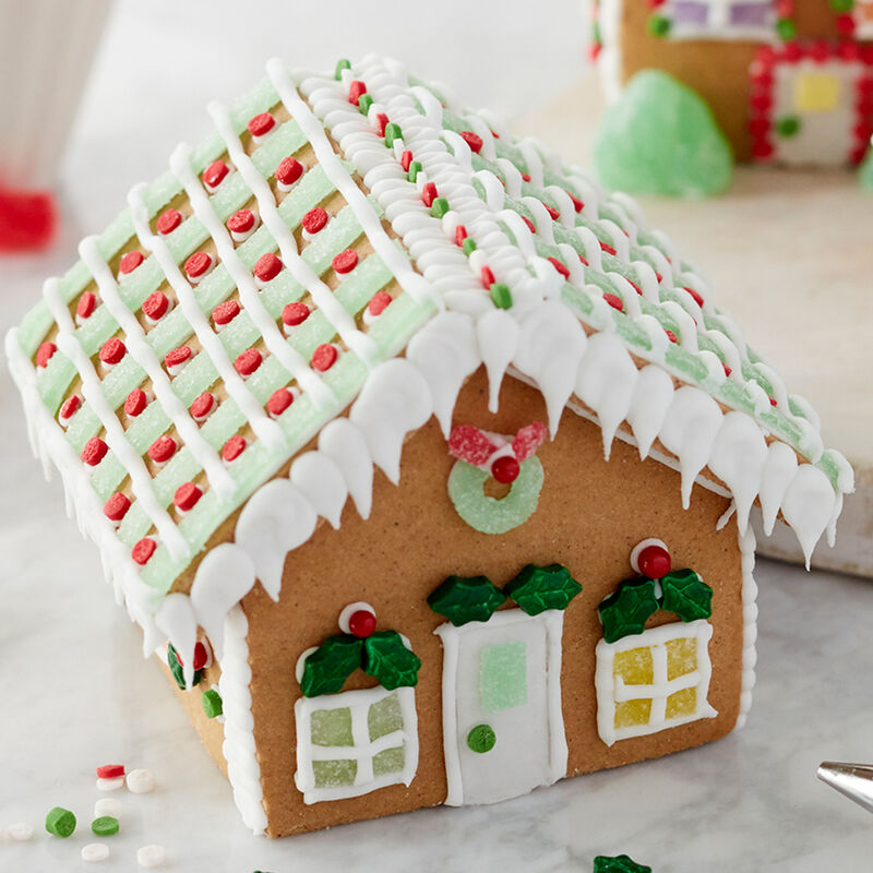 Holiday Fun Mini Gingerbread Village Large Classic Cottage image number 0