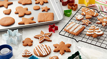 Cookie sheets, cookie cutters, cooling grids, shop all supplies for cookie baking and decorating