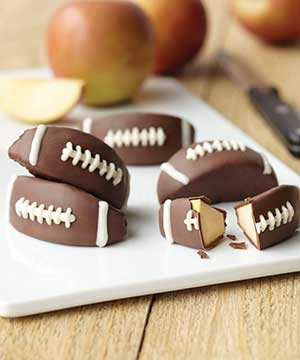 How to Make Football Candy Apples